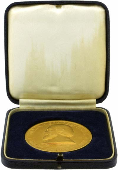 1964 William Shakespeare 400th Anniversary Gold Medallion in Presentation Box